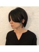スクエアウーノ(HAIR MAKE SQUARE*uno HAKATA)黒髪ショート