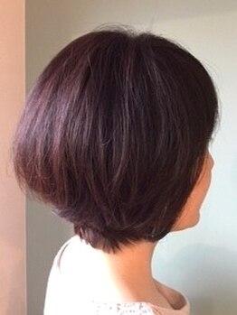 """グラムヘアー(glam hair)の写真/【忙しい朝でも簡単に決まるスタイルに♪】大人上品に決まるお洒落ショートヘアは""""glam hair""""で!"""