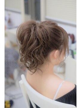 【骨格別】しもぶくれの顔に似合う髪型・前髪・メイク|ショート