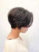 ビープ(beep)丸みとくびれのあるショートヘア
