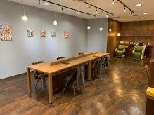 いろ髪 新小岩店の雰囲気(カフェのような店内でお買い物の合間にカラーもOK【新小岩】)
