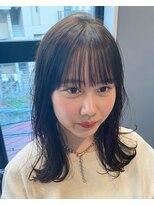 パム 恵比寿(PAM.)ワイド前髪とオリーブベージュ