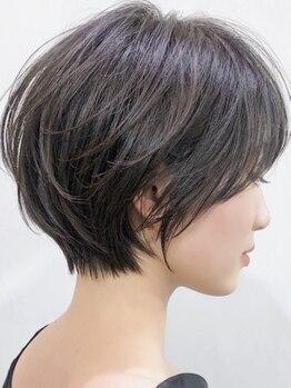 ネックス(nex)の写真/素敵なショートヘアは骨格と髪質に合わせた繊細なシルエットでできている♪スタイリングも◎[表参道]
