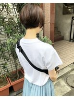 ケンジ 横浜(KENJE)首がキレイにみえるショート