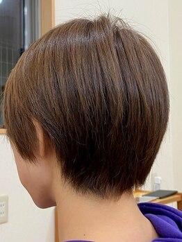 ヘアールームヴァニラ(Hair Room Vanilla)の写真/【ADMIO】大人気アリミノより新登場!数種類の薬剤を混ぜて作る、自分だけのオリジナルカラー*ツヤ&質感◎
