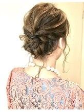 ヘアアンドメイクフリッシュ(HAIR&MAKE FRISCH)hair arrange1
