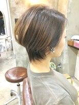 エトネ ヘアーサロン 仙台駅前(eTONe hair salon)【大人かわいい】ウェイト高めの前下がりショートボブ