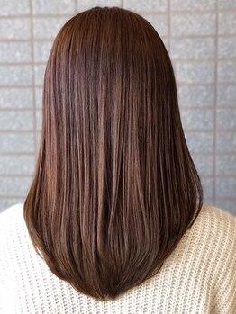 オンザゴー(ON THE GO)の写真/独自の毛髪カウンセリングで毛質・毛量を確認し癖の原因追究!あなたに合わせた施術をご提案 【海浜幕張】