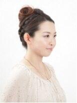 和装の【ヘアカラー×ヘアセット】 編み込みモダンアップヘア画像