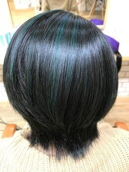 美容室 オグニ(OGUNI)の写真/ダメージレスにこだわったオーガニックカラーを取扱い☆頭皮にも髪にも優しく、繰り返し白髪染めを楽しめる