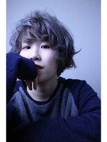 ロベック モトヤマ(Lobec MOTOYAMA)グレー感を漂わせたカジュアルマッシュヘア