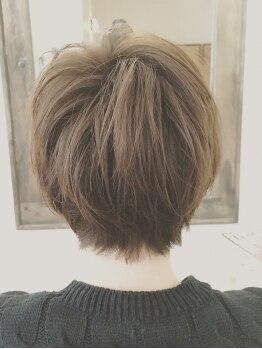 マルサンカクシカクプラスヘアー(〇△□+Hair.)の写真/【藍住☆口コミ高評価】経験があるからこその技術!小顔補正立体カットで顔周りの似合わせならお任せ♪