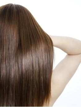 オレンジポップ 船堀店(ORANGE POP)の写真/カラーや紫外線によるダメージは『オリジナルトリートメント』にお任せ!内部から潤うツヤ髪に感動体験!
