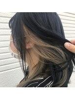 ケーオーエス(KOS beauty hair, nail & eyelash)ダークネイビー×インナーカラーミルクティー