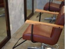 ヘアサロンミー(hair salon me)の雰囲気(マンツーマンでの施術でゆったりお過ごし頂けます。)
