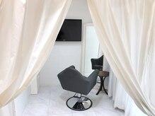 ヘアーリゾート ディプシー 大名店(Hair Resort DEPSEA)の雰囲気(半個室の贅沢空間で気軽に通えていつもキレイに♪)