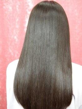 サロンド クラフト(salon de craft)の写真/話題の酸熱トリートメント導入♪髪の乾燥対策にも効果的で、まとまりのある健康的な美髪へと導きます◎