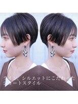 シキオ ヘアデザイン(SHIKIO HAIR DESIGN FUK)目を惹くショート