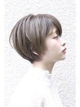 ソロヘアーメイクヘッドスパ(SOLO hair make headspa)丸みショート