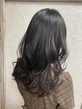 ヘアメイク ミエル(HAIR MAKE miel)の写真/全てのくせ毛を活かすドライカット!!1本1本髪の彫刻を作る『テクスチャーカット』がすごい!!
