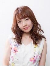 エストラスト 京都本店(s_trust)ミディアムロングをさらに可愛く魅せる、ピンク系カラー☆