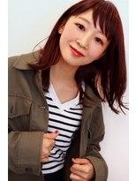 アンティガシス(Antiga VI)1.5カール外ハネロブ★ツヤ感カラーとラフ質感のバランスヘア