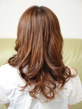 ヘアーズ テリア(hair's Teria)の写真/【北大路徒歩5分】大人ナチュラルな透明感カラーが人気♪ダメージレスで潤いあふれる美しい髪に☆