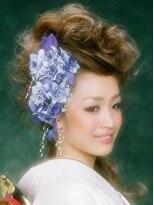ヘアースペース ムーン(Hair Space MOON)誰よりも目立つ!卒業式、成人式、結婚式などのセット 着付け
