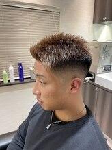 バーバークロス(barber cross)デザインフェードstyle