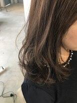 リアン ヘアー(Lien hair)透明感のあるアッシュカラー