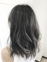 【Lead Hair】ダークアッシュハイライト(バックスタイル)