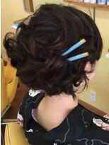 美容室 スキップ(Skip)ショートヘア アップ風スタイル