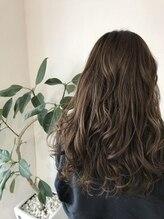 ヘアーデザインアンジー(Hair design Angie)【グレージュ】