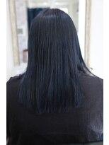 ヘアーメイク プリュム(Hair make Plume)ネイビーブルー