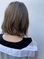 リゾートフォーヘアー 嵯峨店(ReSORT FOR HAIR)透明感溢れる切りっぱなしボブ