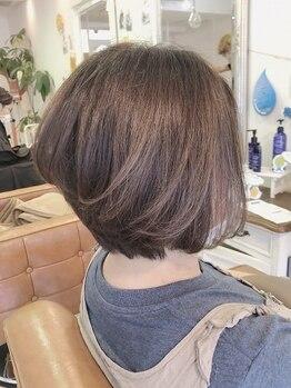 ファミーユ ヘア(Famille Hair)の写真/【3種の豊富なカラー】エイジングに特化したNEWカラー剤登場♪オーガニック成分で低刺激◎染める度美髪へ