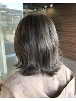 ヘアメイク シュシュ(Hair make chou chou)【林 有里子】小顔 切りっぱなしボブ×アッシュグレー