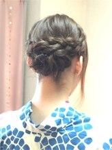ヘアサロン 美髪(mikami)編み込みヘアアレンジ