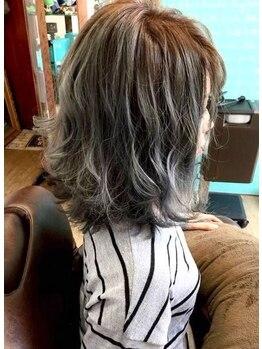 アトリエヘア マルク(atelier hair MALK)の写真/自然な外国人風カラーから、奇抜で個性的なカラーまで幅広く対応☆MALKのデザインカラーで垢抜けヘアへ♪