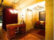 ドロシー(dorothy)の雰囲気(アンティーク・ビンテージ家具がメインです。)