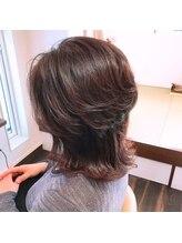 美容室 トワモワウルフカット、艶髪ヘア