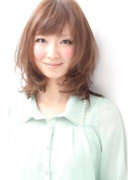アイフラップ(I-FLAP)小川淳子 大人可愛いナチュラルカール小顔ミディ