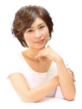 美容室プレスト 前田店の写真/【カット(ブロー込)¥3850~】毛量や髪質に合った持ちの良いスタイル提案が大好評☆自宅でもまとまる髪に♪