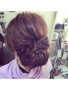 結婚式の髪型(レトロヘアアレンジ)