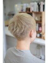 ヘアーデザイン キャンパス(hair design Campus)【ブリーチ必須☆】ホワイティーべジュX攻めショート