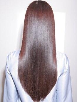 エタニティ 高安店(eternity)の写真/自分の髪じゃないみたい…!!通うほどに健康的な美髪が手に入る◇ハイダメージに特化したTrの取り扱いあり◎