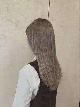 ヘアールシェーヌスクエア(hair le chene SQUARE) ��りベージュ