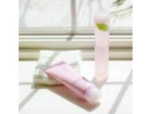 美容室エスケィティ(SKT)の雰囲気(アジュバンの全身用シャンプー。ふわふわの泡に感動です!)
