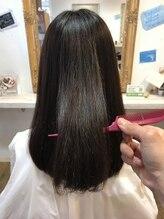 【NEW】話題の酸性トリートメントで傷んだ髪も濃密修復で髪質改善!