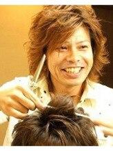 ヘアサロン エムオン(hair salon M ON)門口 卓一